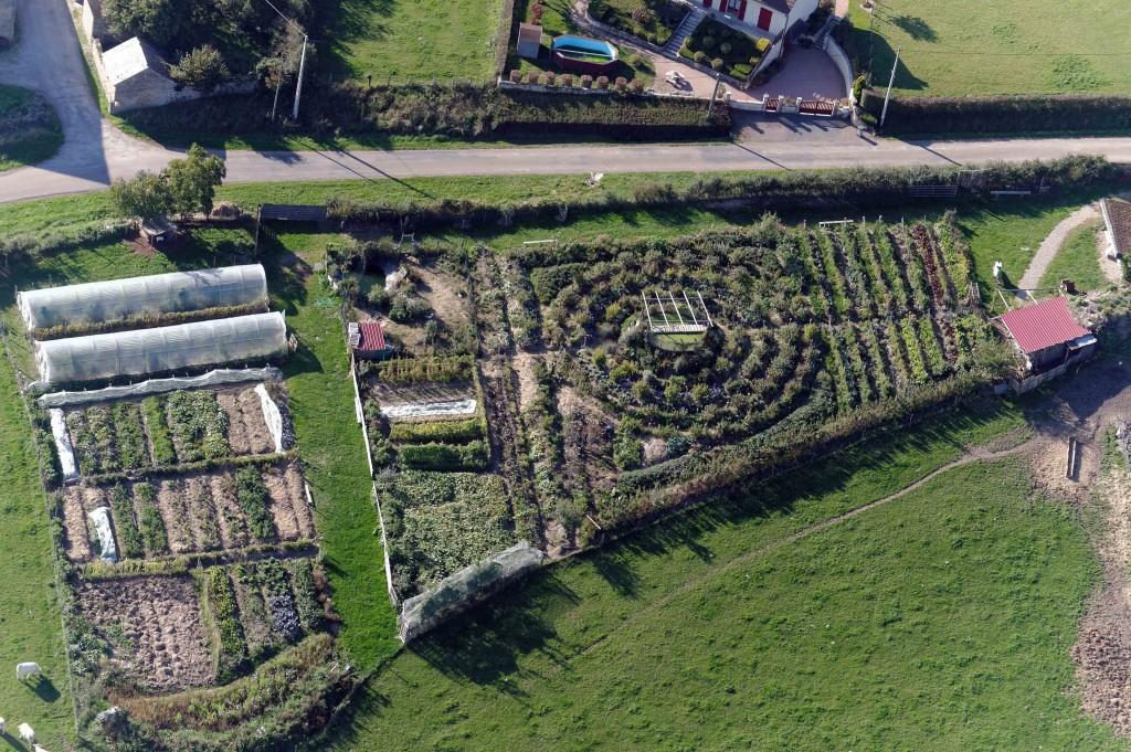 permacultura a che punto in italia la fattoria dell 39 autosufficienza e permacultura. Black Bedroom Furniture Sets. Home Design Ideas