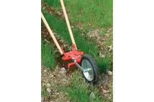 Glaser Wheel Hoe - Sarchiatore del terreno con ruota regolabile in altezza per togliere le erbacce tra le file di vegetali. Si tratta di un attrezzo robusto, ma anche leggero e preciso, che permette di raggiungere risultati migliori risparmiando tempo e fatica. La lama per tagliare le erbacce è di circa 20 cm ed è affilata in entrambe le direzioni per eliminare alla radice tutte le infestanti.